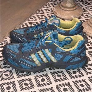 Adidas 75W zapatos kanadia tr 3 muy buen estado 75W Adidas poshmark c32002